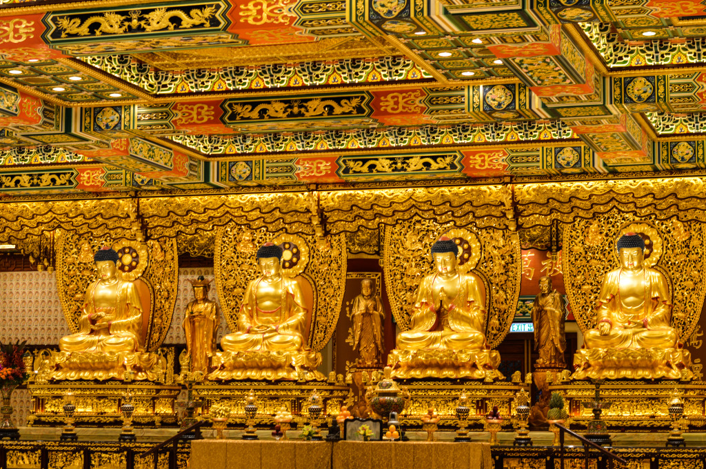 The Grand Hall of Ten Thousand Buddhas