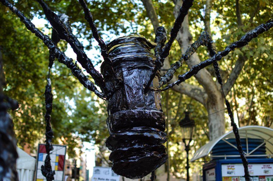 Arty theme in Plaça Rovira i Trias