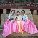 Girls in traditional Korean dresses
