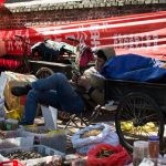 Active selling at Zhongyi Market