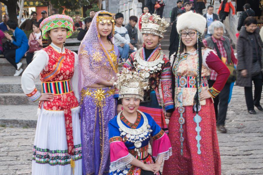 Chinese girls wearing ethnic costumes
