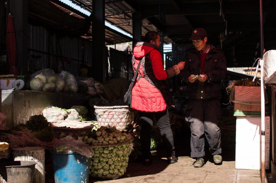 Done deal at Zhongyi Market