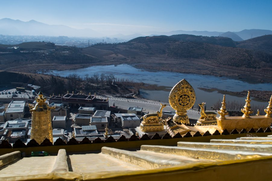 The rooftop statues at the Songzanlin Monastery
